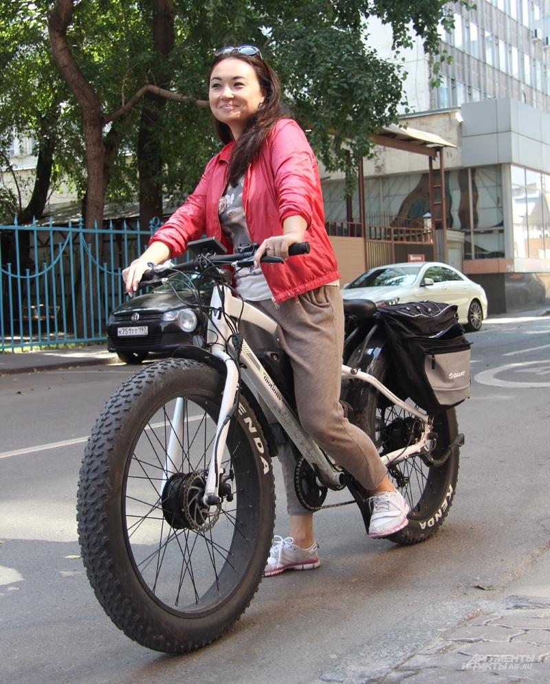 Мария Маркович: «Мой велосипед и для грязи, и для города. Некоторые думают: мотоцикл, а потом замечают, что я кручу педали».