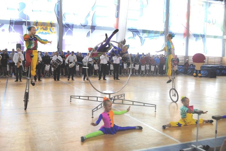 Выступление цирка Весар - запоминающееся событие церемонии открытия