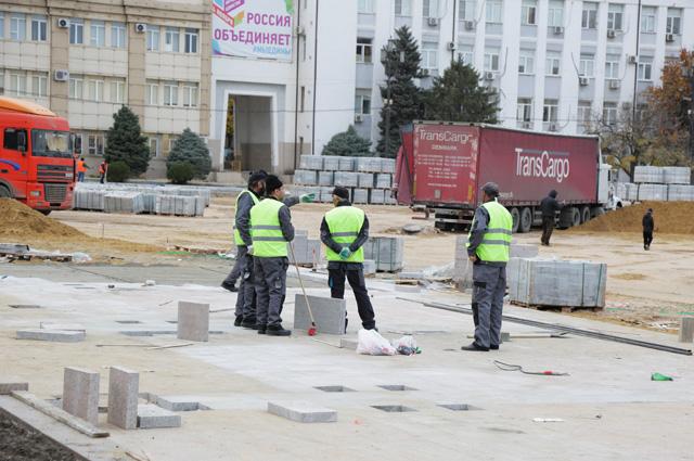 Ремонт в центре. В столице Дагестана реконструируют площадь имени Ленина