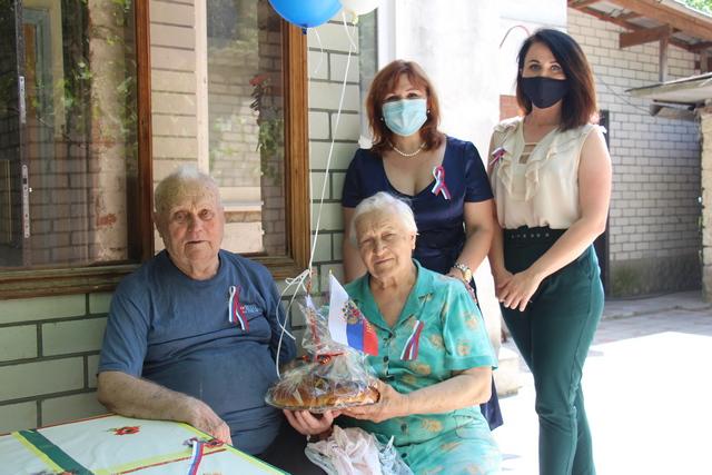 Семья ветерана поучаствовала в акции «Испеки пирог и скажи спасибо».