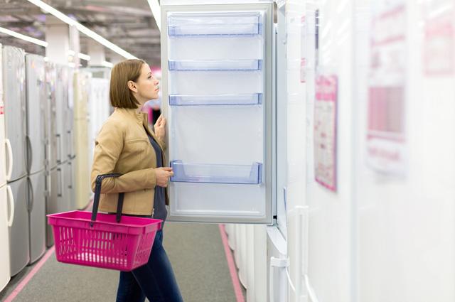 Бытовая техника в ближайшее время может подорожать, так что купить новый холодильник (если он и правда нужен, лучше уже сейчас.