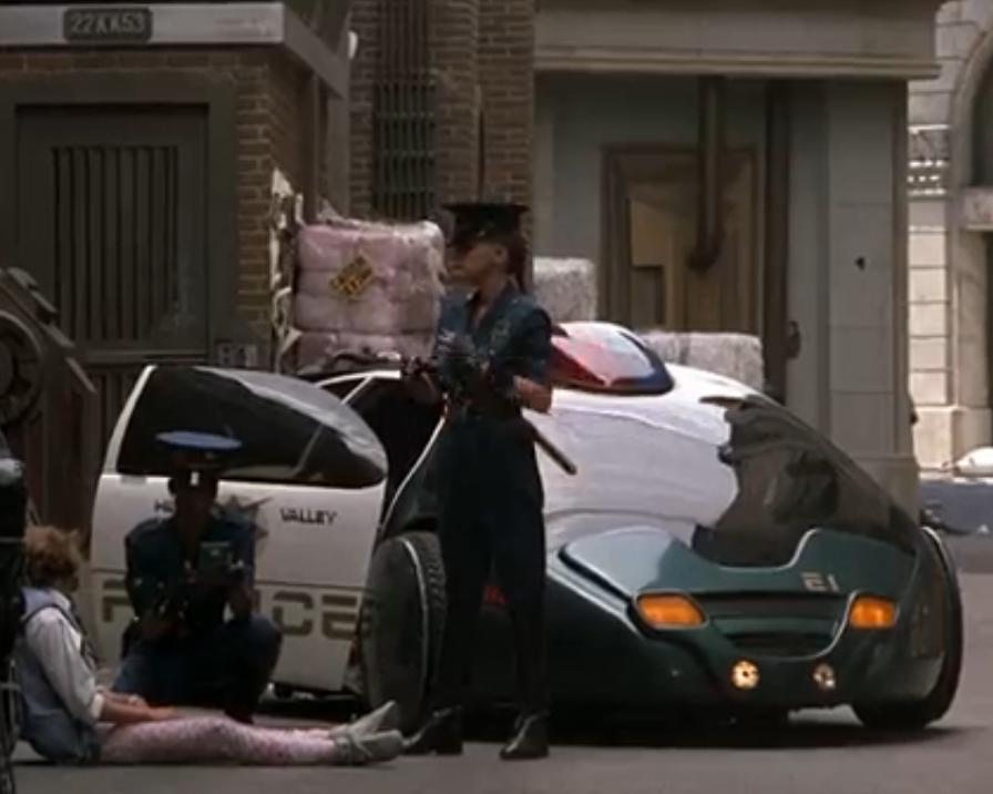 Полицейские используют планшетный копмьютер