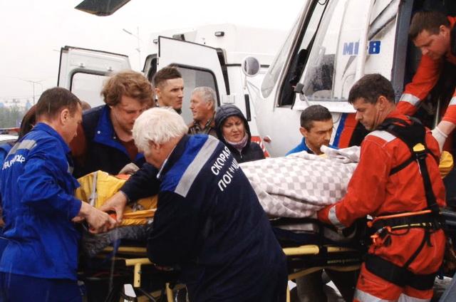 Вездеход, геологи, ущелье, вертолёт, медицина катастроф
