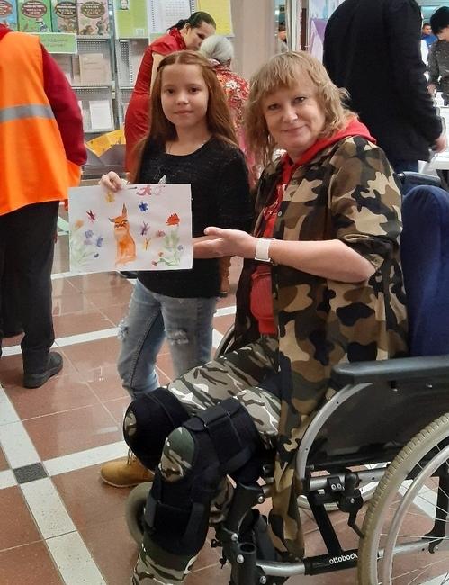 Сегодня Виктория ведет активную общественную жизнь – занимается волонтерской деятельностью