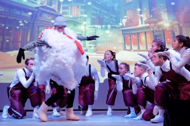 Детским театрам в нашей стране уделяется огромное внимание. Мощная поддержка нашему ТЮЗу была оказана именно в Год театра в России