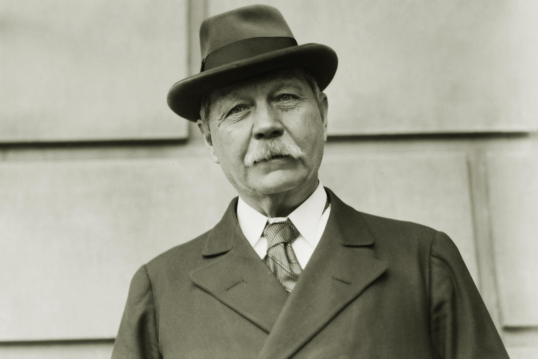 Сэр Артур Конан Дойл. 1922 год