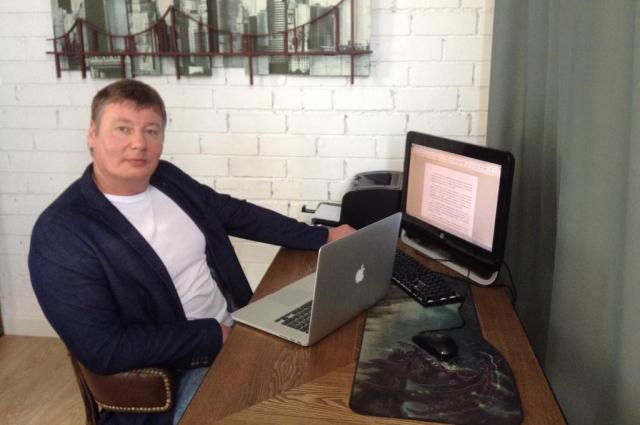 Адвокат Олег Горохов.