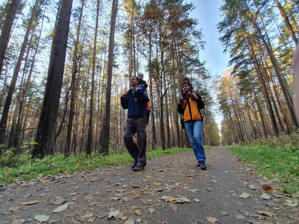 Юго-Западный парк – приятное место для прогулок, в  нём есть прогулочные пешеходные и  велосипедные маршруты.