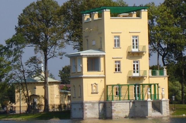 Ольгин павильон отремонтировали только в XXI веке.