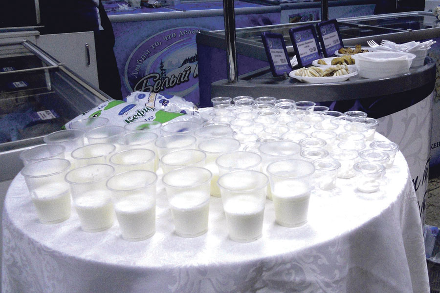У Томаровского молокозавода есть своё дойное стадо, у них всегда качественные кефир и молоко, и по цене реально.