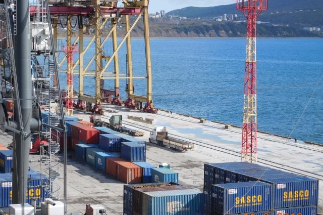 За период с января по сентябрь 2018 года грузооборот порта составил 1,06 млн тонн.