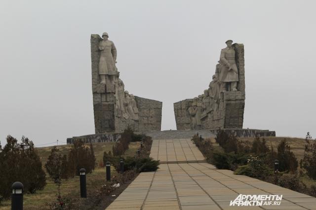 Рудакова предложили перезахоронить в братской могиле мемориала «Самбекские высоты».
