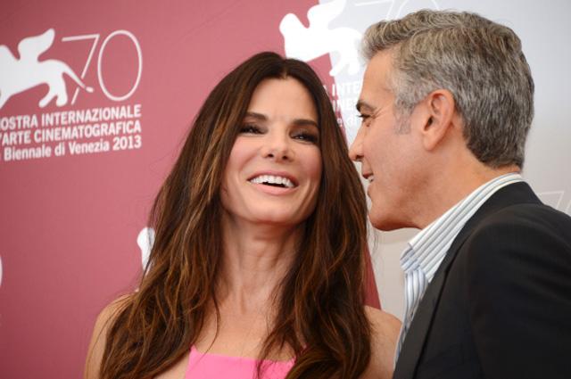 Актёры Сандра Буллок и Джордж Клуни на фотоколле перед открытием 70-го Венецианского международного кинофестиваля
