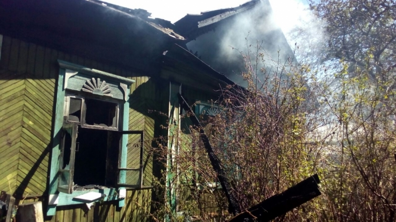Пожар в переулке Джамбула в Екатеринбурге