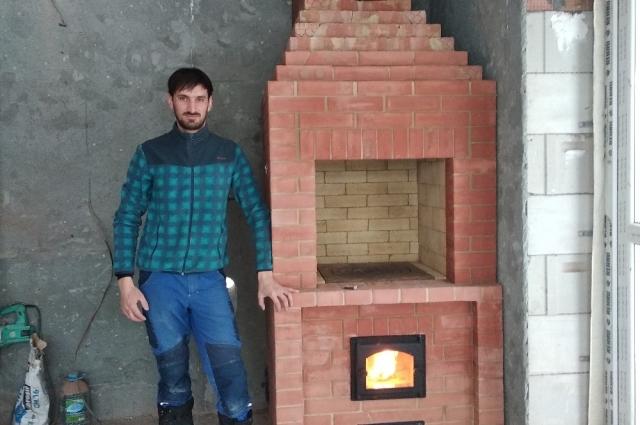 В Краснодаре Дамир работал подмастерьем печника.