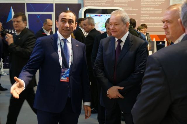 Армен  Гарслян рассказал о достижениях компании губернатору Пермского края Виктору Басаргину и представителям Торгово-промышленной палаты РФ.