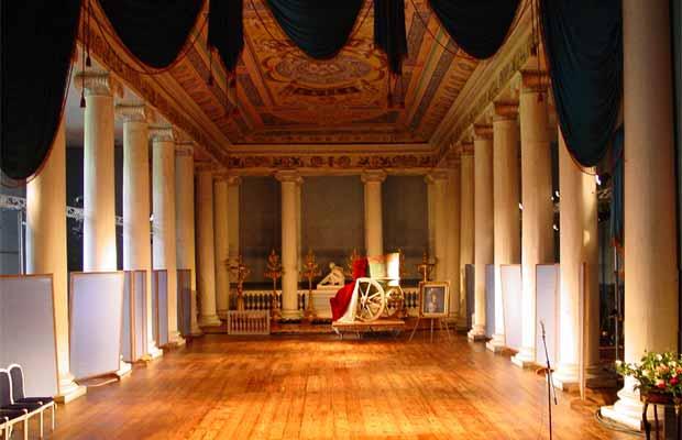 Театр в Останкино, построенный графом Шереметевым.