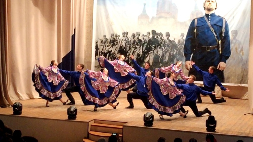 Певцы, танцоры, музыканты - среди жителей района много талантливых людей.