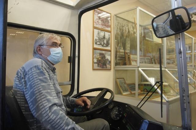 Посетители музея смогут посидеть в кабине «Икаруса».