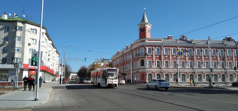 На перекрёстке Ленина-Гончарова маршрутки больше не поворачивают.