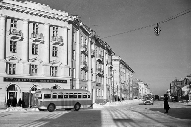 Центральная улица Великого Новгорода, 1958 год