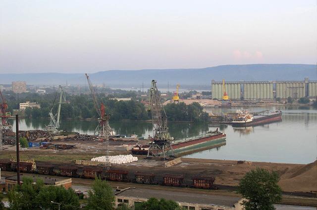 Речной порт в современном Тольятти