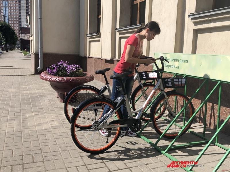 Проект «Велошеринг» совсем недавно заработал в нашем городе. И уже за первую неделю поездки при помощи такого велопроката совершили 602 рязанца.