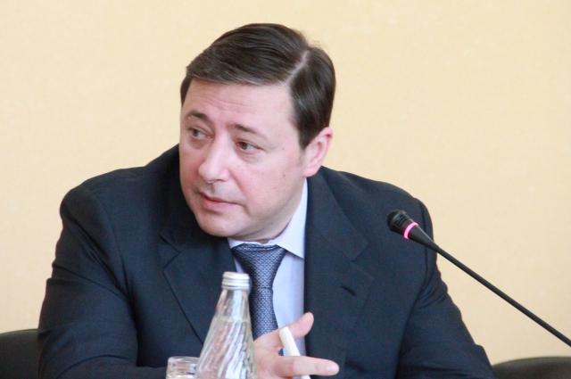 Большинство жителей края хотят видеть на посту губернатора Александра Хлопонина.
