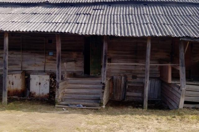 Живёт Наталья Трофимова в этом бараке.