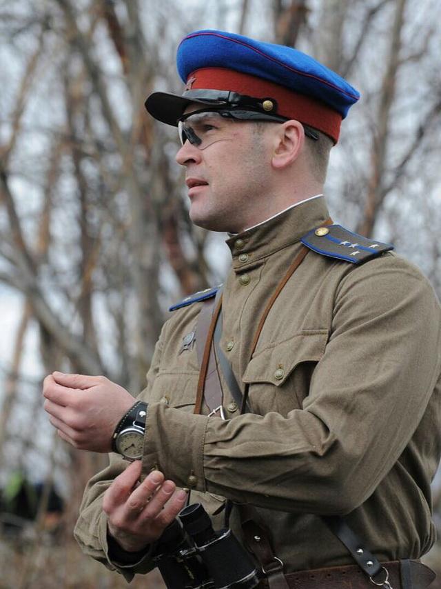 В военно-тактической игре участники соблюдают все мелочи.