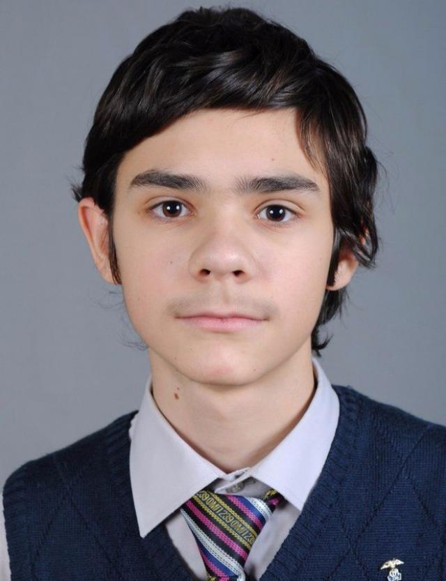 Арсений Вирачев набрал 300 баллов по ЕГЭ.