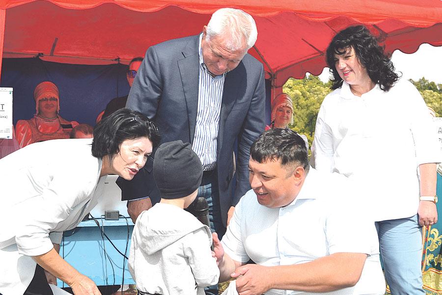 Приз за третье место получил юный рыбак Ярослав Кречетов – его улов составил 650 грамм.