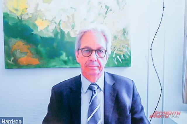 Доктор медицины, автор более 60 научных публикаций Франциско Харрисон (Словакия).