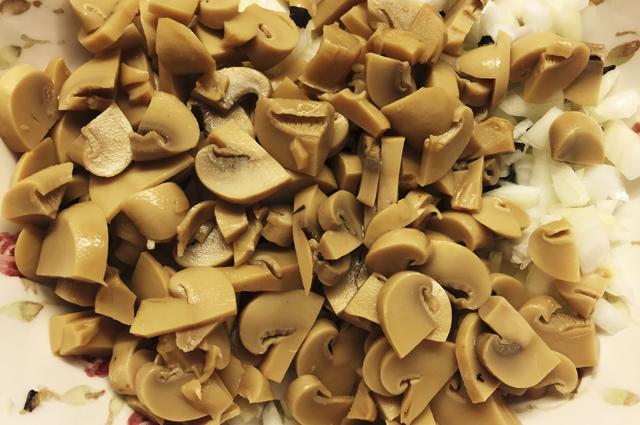 Запеканка в духовке с курицей и грибами