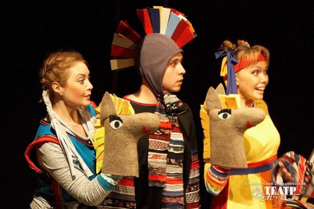 Театр теней, зажигательные детские постановки, - в дни каникул для детей есть театральные действа на любой вкус!