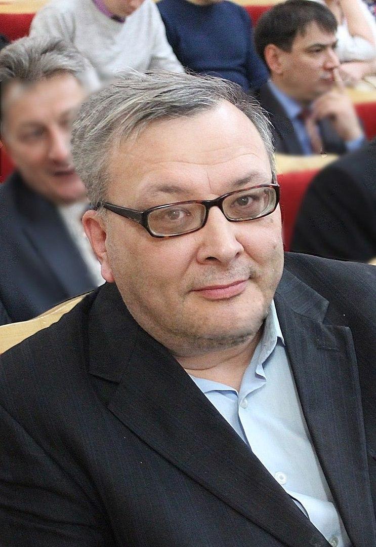 Игорь Кучумов