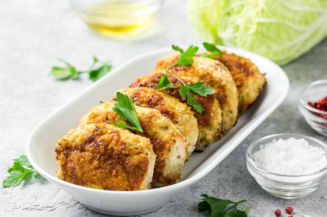 Котлеты из репы - одно из распространённых блюд в Великий Пост.
