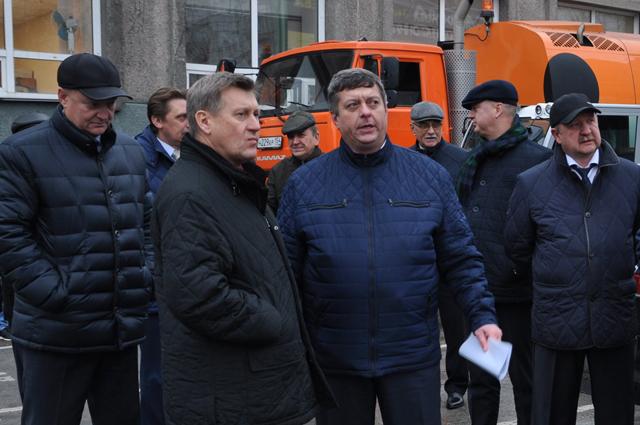Анатолий Локть на совещании