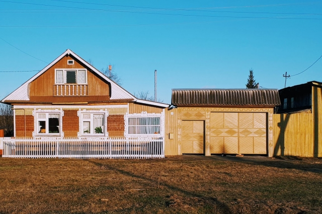 Чтобы построить свой дом - потребуются знания, умения и средства.