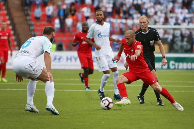 ФК «Енисей» последние два сезона занимал нижние строки турнирных таблиц.