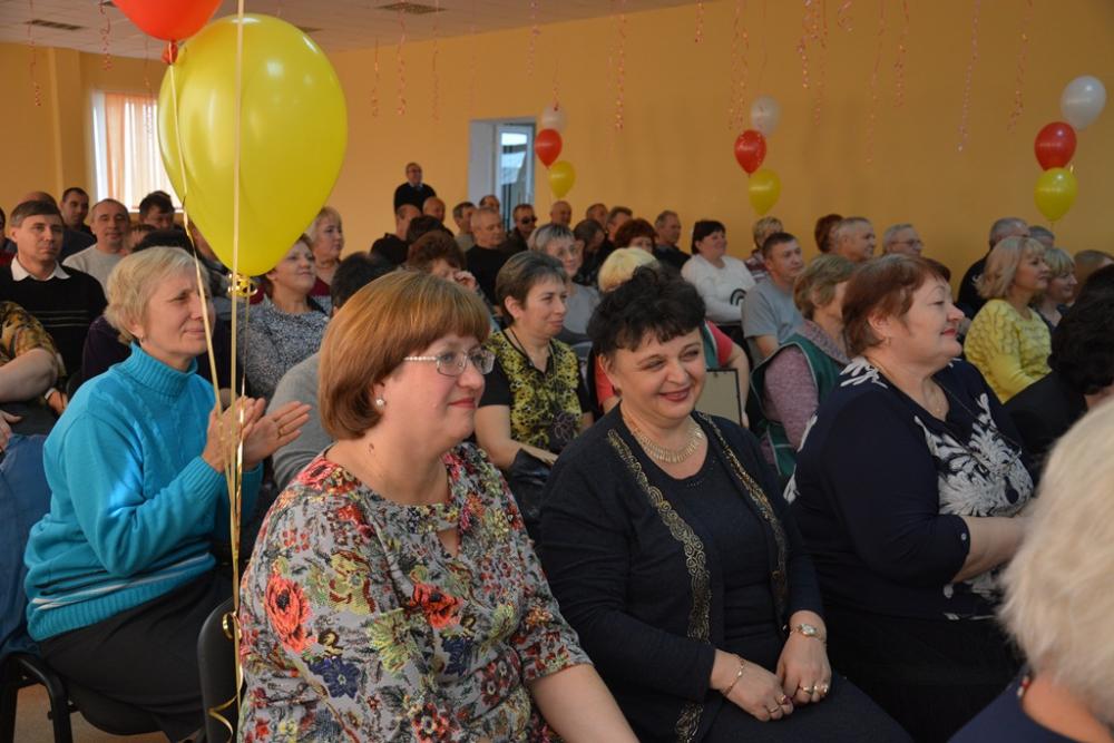Андрей Шевченко поздравил работников общественного транспорта с праздником.