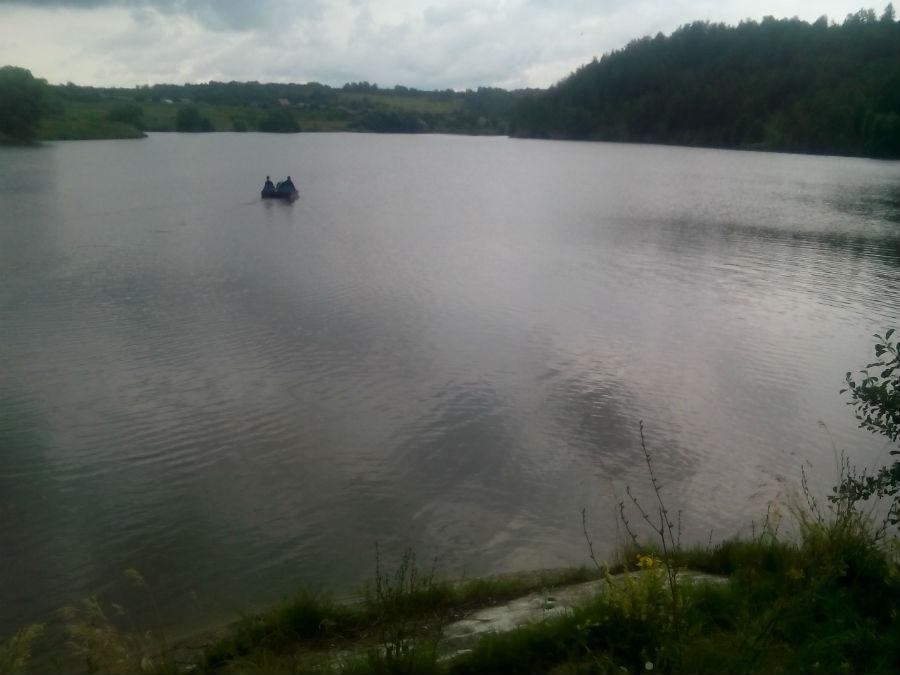 мужик утонул в пруду