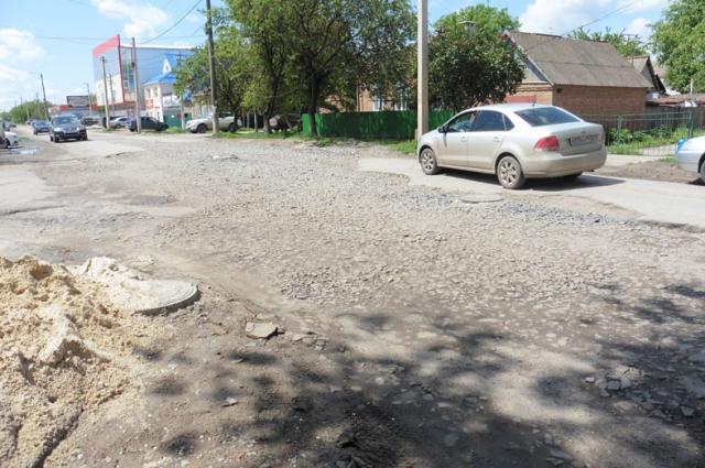 Дороги остаются, пожалуй, главной проблемой в Ростовской области.