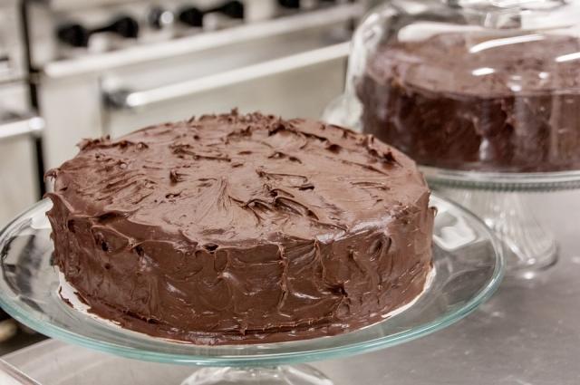 Шоколадный корж и шоколадная начинка - что может быть лучше?