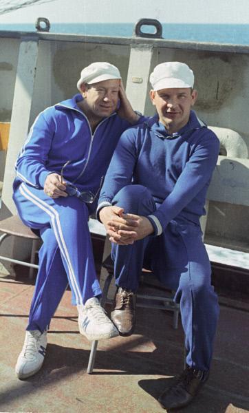 Лётчики-космонавты Алексей Леонов и Валерий Кубасов, 1975 год