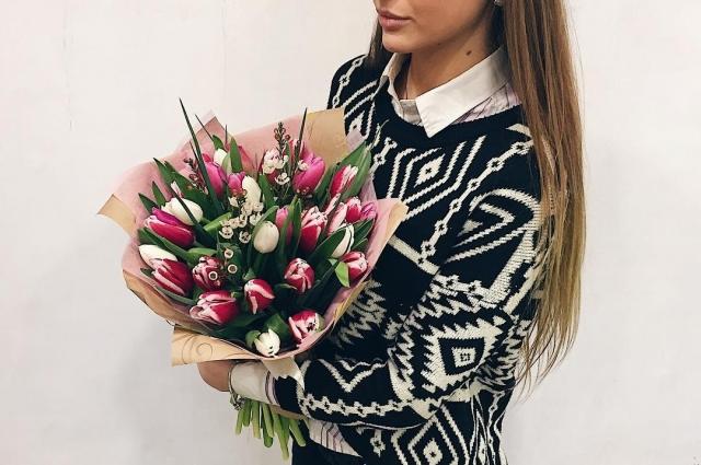 Букет тюльпанов станет прекрасным подарком.