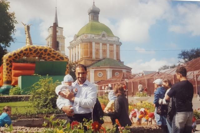 Пока пара была в браке, Салах часто приезжал в Пермь.