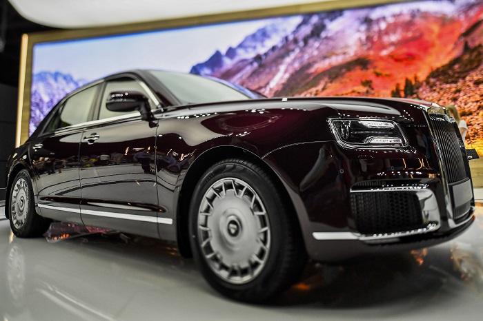 Автомобиль Aurus Senat на Московском международном автомобильном салоне 2018.