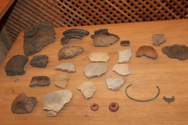 Находки из постройки к.11-1 пол. 12 века