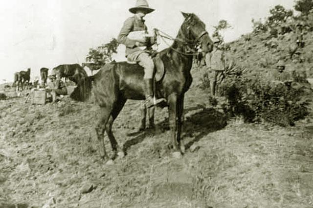 Уинстон Черчилль во время Англо-бурской войны. 1899 год
